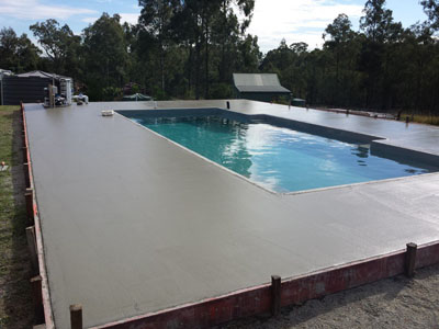 Swimming Pool Advice - Building a Pool - Timing of Other Contractors