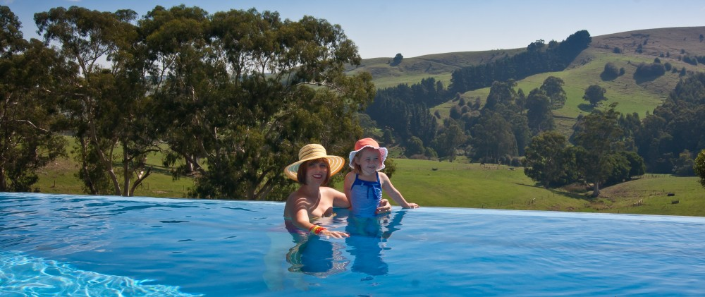 Infinity Swimming Pools - Mirboo North South Gippsland Infinity Pool
