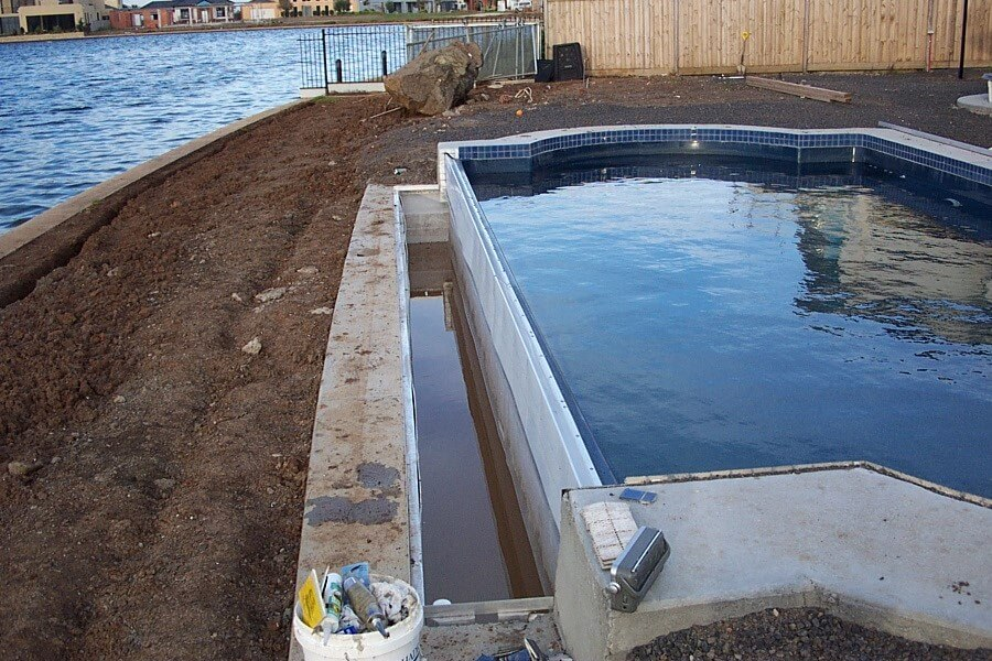 How much does an infinity edge swimming pool cost compass pools melbourne - Infinity edge swimming pool ...